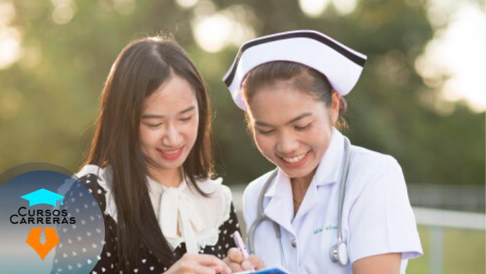 Carrera de Enfermería Básica